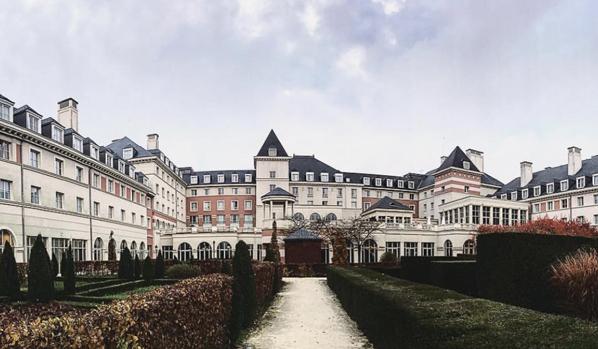 فنادق باريس ديزني لاند