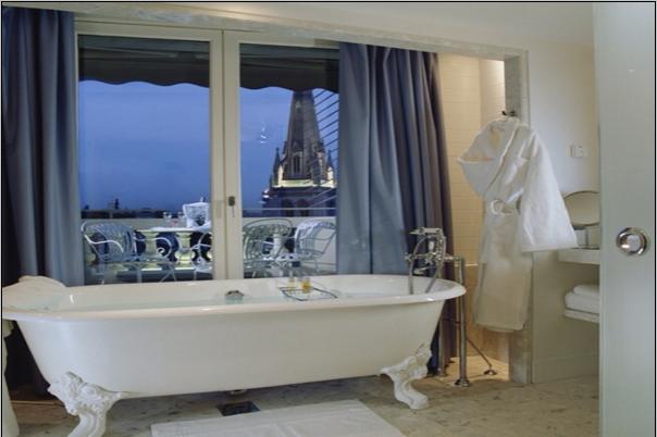 فندق دي سيرس تشامبس إيليزيه باريس