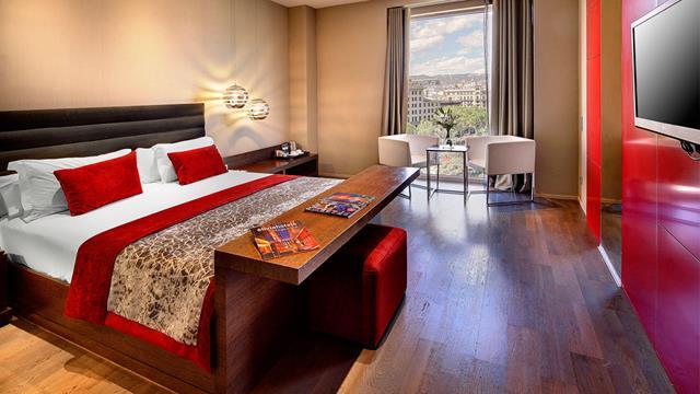 فنادق برشلونة القريبة من شارع الرامبلا فندق اوليفيا بلاثا