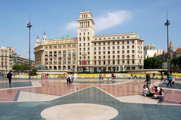 ساحة كاتالونيا في برشلونة