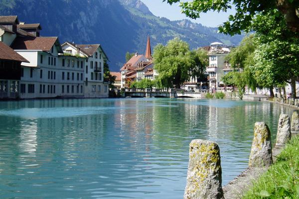 برنامج سياحي في إنترلاكن سويسرا 7 أيام