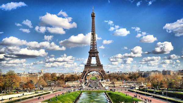 برنامج سياحي في باريس